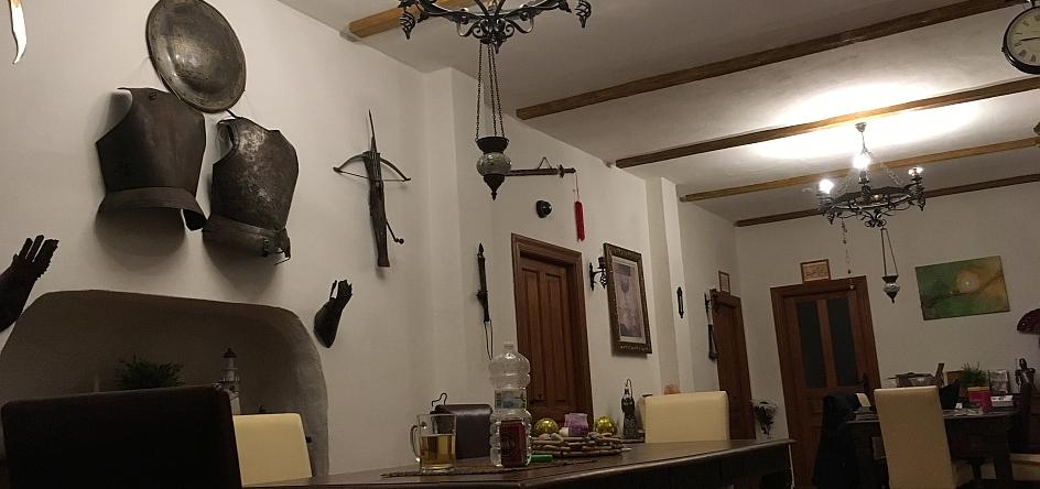 Unser Rittersaal, wo wir auch das Frühstückbuffet servieren